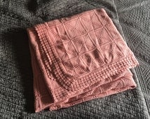 Traditional bedspread cotton crochet pink blade