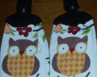 Set of 2 hanging hand towel with owl design