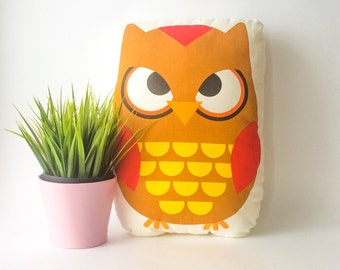 Fabric owl, owl pillow, woodland pillow, stuffed owl, animal pillow, decorative pillows, kids room decor, living room decor, throw pillows