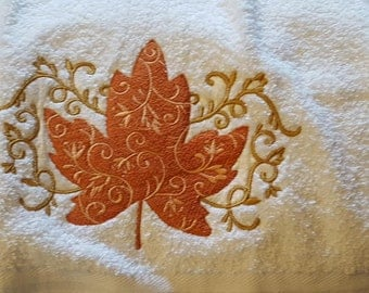 Halloween/Thanksgiving Kitchen and/or Bath hand towels