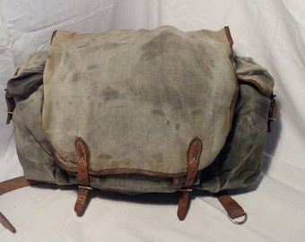 Vintage 1980's Military Green Canvas 2 in 1 - Backpack and Shoulder Bag