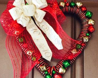 Christmas Wreath: Christmas Wreath, Jingle Bell wreath, Holiday Decoration, Christmas Decoration