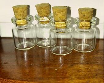 Miniture glass cork glass bottles