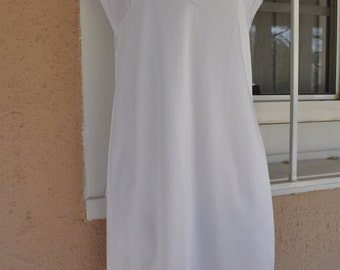 Vintage 1980s White Sliperfection Full Slip with Lace Trim