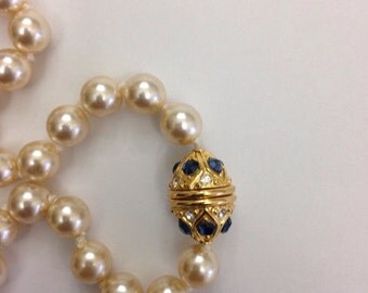 Vintage Nolan Miller Pearl Necklace
