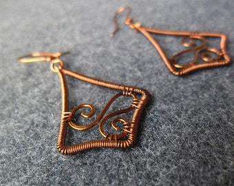 Simple Motifs Earings Copper wire, Copper Jewelry, Copper wire, Spiral Eaings