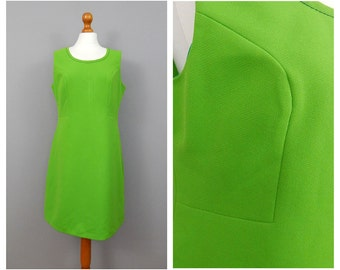 1960's Vibrant Green Vintage Shift Dress