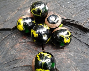 Dark Forest Green Glass Lampwork Beads with Gold Foil and Yellow Heart  , 4 beads in this set