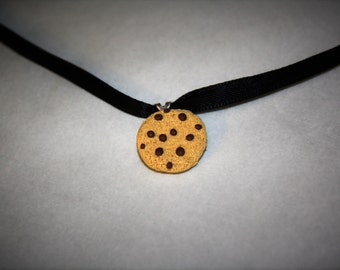 "Chocolate Chip Cookie 16"" Necklace"
