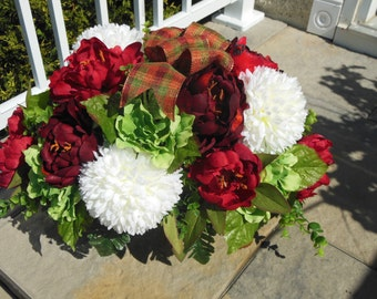Cemetary Flowers, Headstone Flowers, Tombstone Flowers, Cemetary Saddle, Headstone Saddle, Tombstone Saddle, Grave Site Flowers