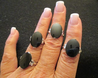 Blowout SALE>>Solid STERLING Silver & Genuine ONYX Ring, Vintage 1960's, sizes4, 5, or 7 available