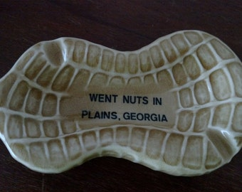 Went Nuts In Plains Georgia Peanut Shaped Ashtray