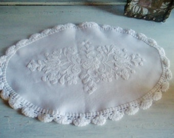 French Doily lace vintage,    shabby chic doily lace