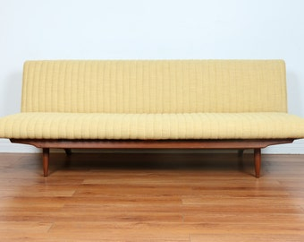 Beautiful Mid Century Adjustable Sofa Bed