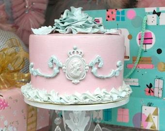 """fake faux cake # 2.""""Othelda"""