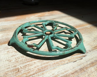French Vintage Trivet, pot holder,  Country Chic, 1950s, Kitchenalia, French Farmhouse,