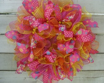 Whimsical mesh wreath, Spring wreath, Summer wreath, Summer mesh wreath, Beach wreath, Mesh wreath