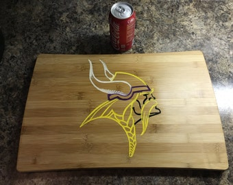 Vikings / bamboo cutting board / chopping block / football / AR
