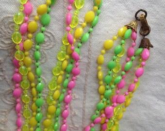 Vintage Plastic Beaded Necklace, vintage plastic necklace, green pink yellow necklace, plastic beaded necklace, vintage plastic necklace