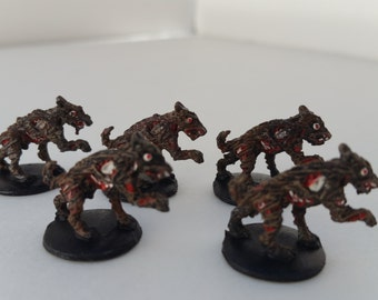 5 pc Dungeons and Dragons Wild Zombie Dogs Miniatures Hand painted 1/72 scale D & D Fantasy Role Play Games RPG