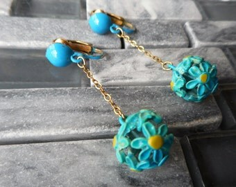 Flower Power Vintage Dangle Clip Earrings Turquoise Blue Chandelier