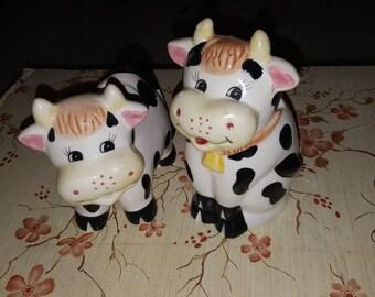 Vintage cow sugar and creamer set