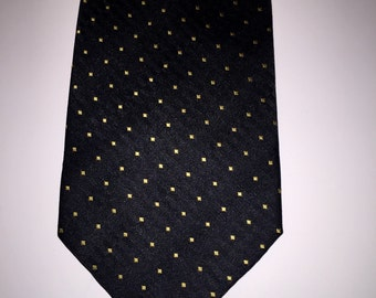 Vintage HUGO BOSS 100% Silk Italian Made Necktie Tie Black Square Dot Classic Look