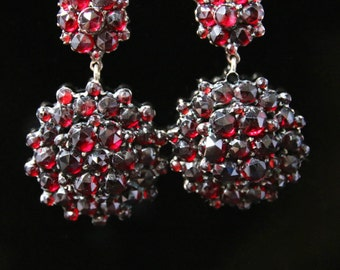 Antique Victorian Garnet Gold Earrings - Circa 1880