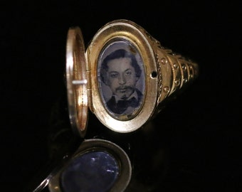 Antique Gold Gents Locket Ring - 15ct Gold