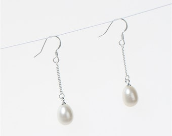 100% Genuine Freshwater Cultured Pearl Dangle Earrings wholesale prices