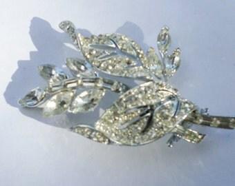 Vintage Leaf Silver Tone Brooch  Clip On