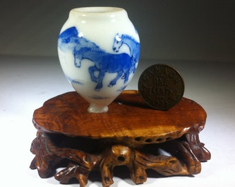 Vintage - Chinese - Birdfeeder - Horses and Mountains - Blue and White Porcelain