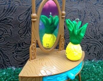 Patrish the Prissy Pineapple