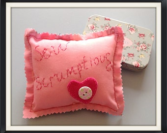 Sew Scrumptious pincushion in pink