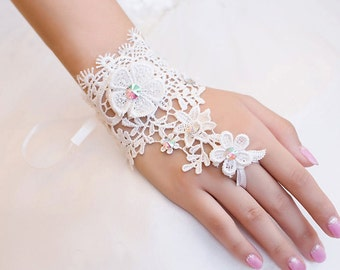 Wedding Gloves, Lace Gloves, Fingerless Gloves, bridal gloves,Bridesmaids Gloves, Bride gloves, Rhinestones Fingerless Gloves, LC14007