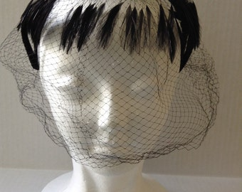 1950's Mesh/Netting Black Feather Veil Hat