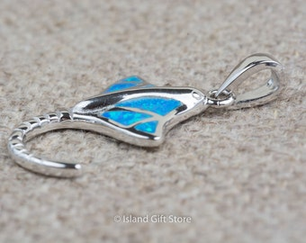 925 Sterling Silver Stingray Pendant with Synthetic Opal