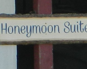 Honeymoon Suite Sign