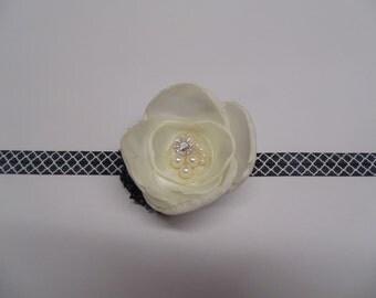 Neutral Flower Headband