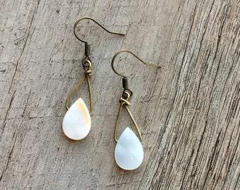 Mother of Pearl Earrings, Dangle Earrings, Shell Earrings, Pearl Earrings, Pearl Jewelry, Rustic Modern Jewelry, Free Shipping U.S.