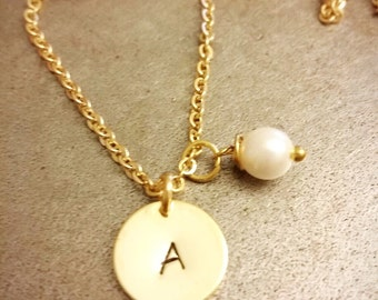 Initial Necklace, Initial and Freshwater Pearl Necklace, Personalized Necklace, Bridesmaids Necklace,Customizable, Christmas Gift