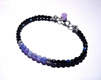 Spinel and agate bracelet, black bracelet, lilac bracelet, minimalist bracelet, thiny bracelet, stone bracelet