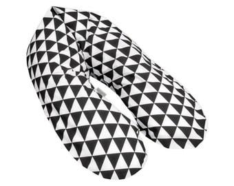 KraftKids nursing pillow - black triangles, TOXPROOF certificate of TÜV Rheinland EPS beads