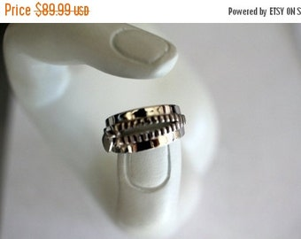 ON SALE 925 Sterling Silver Zipper Ring
