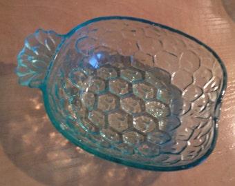 2 pineapple shaped bowls