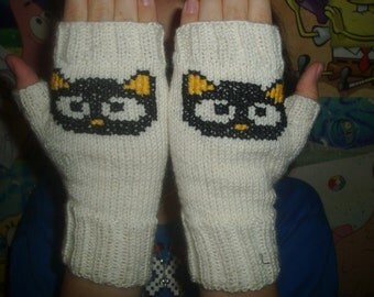 Fingerless Gloves, Cat Mittens, Knitted Mittens, Mitts Cute cat, Black cat, White mitts, Made To Order.