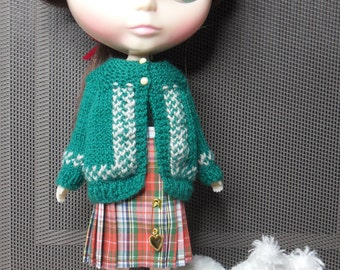 BLYTHE DOLL.. Patterned Green Sweater..Only No Doll