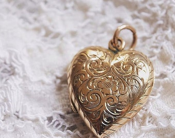 Vintage Engraved Heart Locket