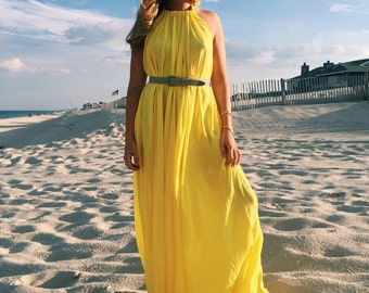 Super Light Yellow Maxi Dress / Size: M