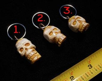 Micro Carving Staghorn Sumac Skull Keychain Pendant Charm Voodoo Token